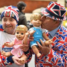 Royal fans John Loughrey (left) and Terry Hutt hold dolls outside the Lindo Wing at St Mary's Hospital in Paddington, London, where the Duchess of Cambridge has been admitted in the early stages of labour. (Photo by Dominic Lipinski/PA Images via Getty Images)