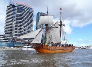 The Replica Enterprize arrives in Docklands to re-enact the first landing