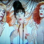 06 David Bowie - Boys Keep Swinging