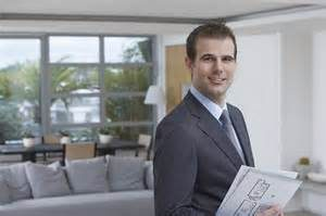 real-estate-agent-pic