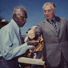 Gough Whitlam and Vincent Lingiari, photo by Mervyn Bishop (National Gallery of Australia)