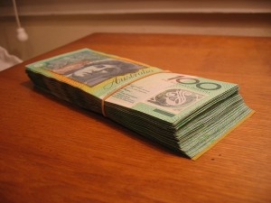 800px-Australian_banknotes_-_ten_thousand_dollars