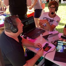 Tom & Wayne Live from Midsumma Carnival