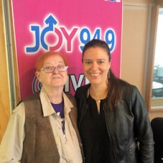 Michelle Driver visits Women on Waves